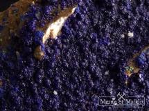 Azuryt na kwarcu - piękny kolor