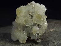 Datolit - duże, błyszczące kryształy - Meksyk