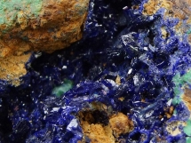 Krystaliczny azuryt w geodzie, malachit  - Maroko