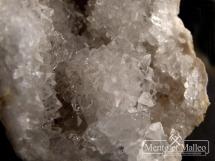 Kryształ górski - kompletna geoda