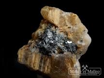 Kryształ górski, rutyl, hematyt ( kwarc rutylowy )