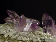 Kryształy ametystu na matriksie - wspaniała kompozycja - Meksyk