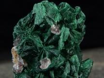 Malachit - igiełkowe kryształy