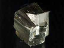 Piryt - zrost kryształów