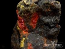 Realgar, aurypigment z kopalni złota - rzadkość